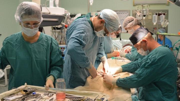 Возраст не помеха: 80-летнему тюменцу прооперировали сердце в ОКБ № 1