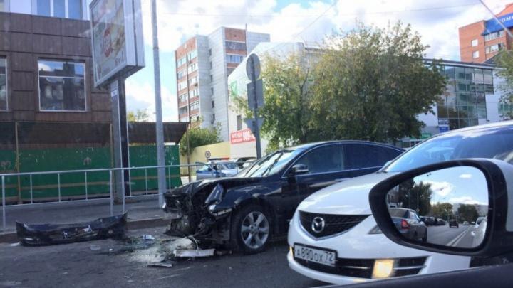 В аварии на улице Герцена пострадала тюменка