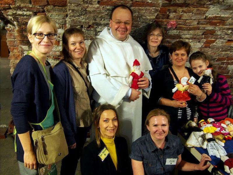На благотворительной ярмарке  в базилике церкви Святой Екатерины