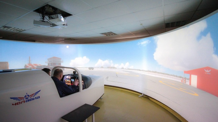 Выпускники челябинского лётного училища потребовали у Росавиации вернуть им право на полёты