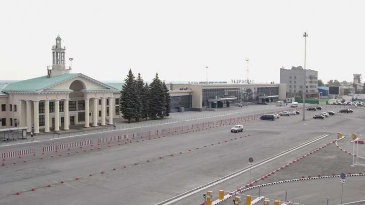 Возле челябинского аэропорта закончили строительство бесплатной парковки