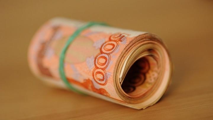 Тюменцы за год тратят 17 тысяч рублей на покупку алкоголя