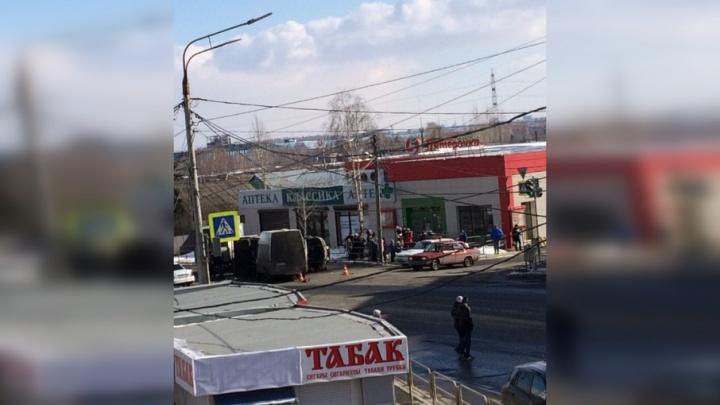 В Челябинске столкнулись маршрутка и фургон: есть пострадавшие