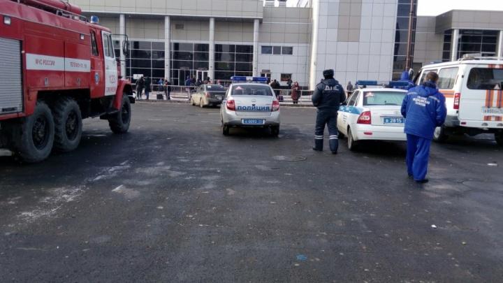 В Тюмени эвакуировали железнодорожный вокзал