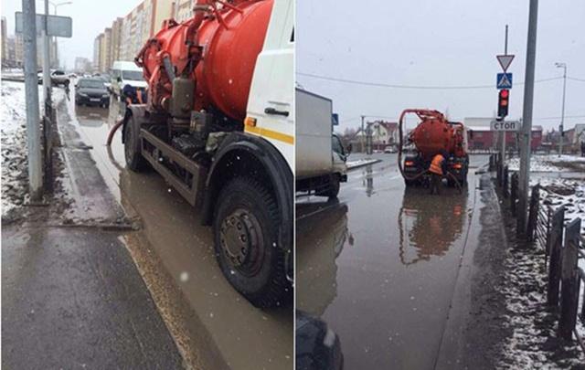 Жители Лесобазы возмущены гигантскими лужами на дорогах