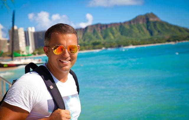 Полететь в отпуск и оставить деньги дома: советы экспертов бизнесменам