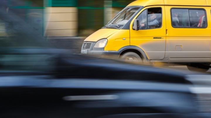В Советском районе Волгограда водители маршруток не поделили дорогу