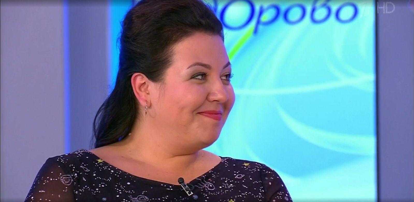 В передаче снялась Юлия Старикова, известная под псевдонимом «Боня»