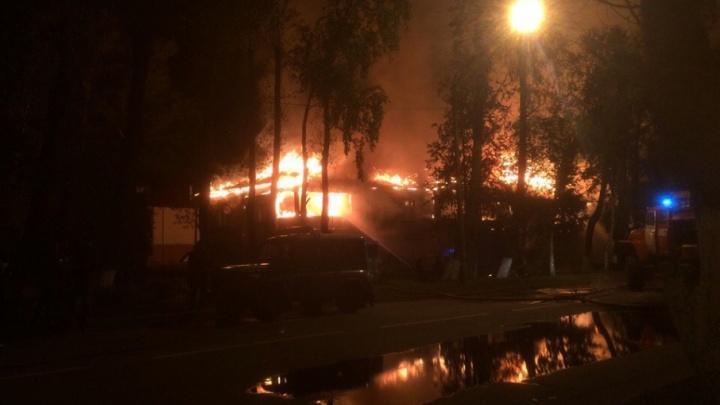 В Северодвинске пожар оставил без крова 30 человек