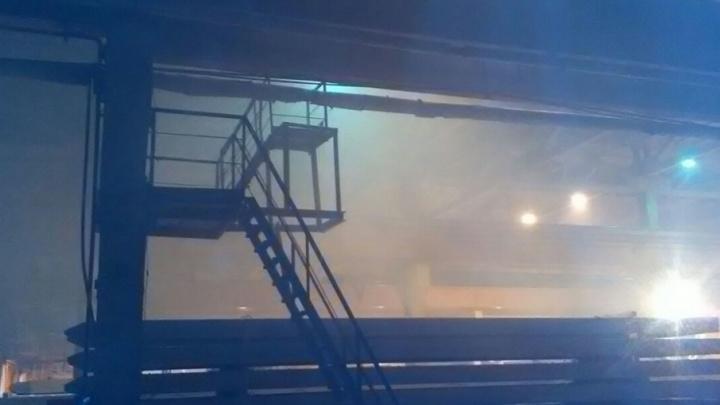 Во время пожара на тюменском заводе были эвакуированы 32 человека, есть пострадавший