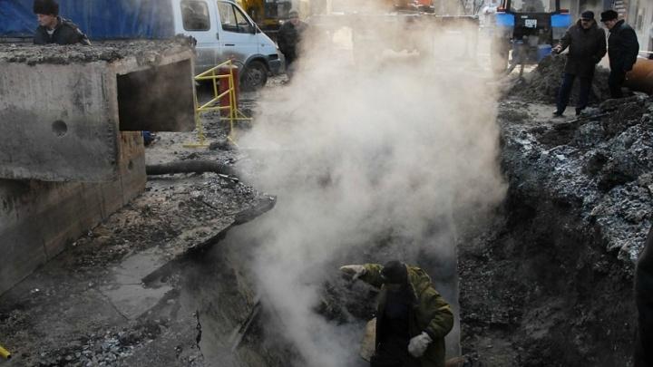 Жителей Зареки избавят от частых отключений горячей воды: к осени ветхие теплосети заменят на новые
