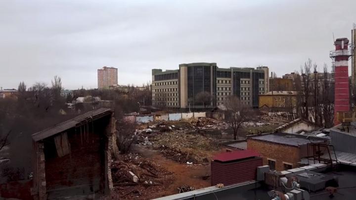 В Волгограде сняли с высоты руины ликеро-водочного завода
