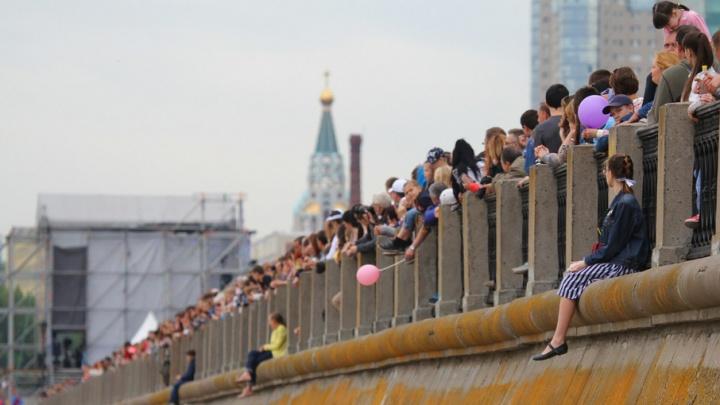 Салют в честь Дня России запустят с Волги в 22:30 – программа праздника