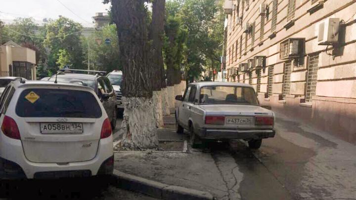В Волгограде могут появиться бесплатные парковки