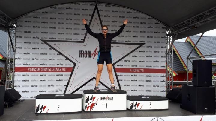 Челябинка за два месяца тренировок добилась медали на престижных состязаниях по триатлону