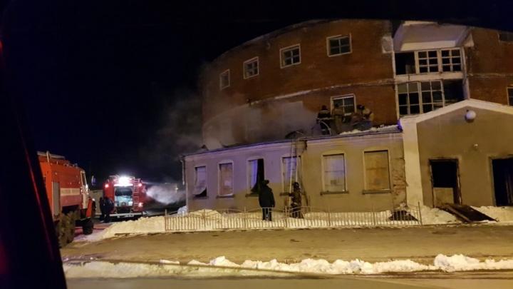 Пожар в круглой бане на Ленина начался с пристройки