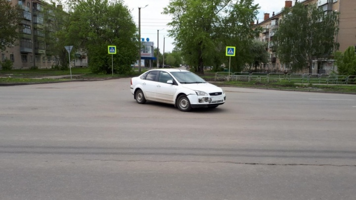 В Копейске мотоциклист попал под автоудар на перекрестке