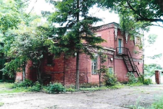 Два жилых дома и казарменные постройки в Кронштадте