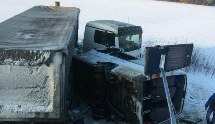 Пострадавших в аварии с автобусом в Башкирии планируют перевезти в больницы Уфы и Челябинска