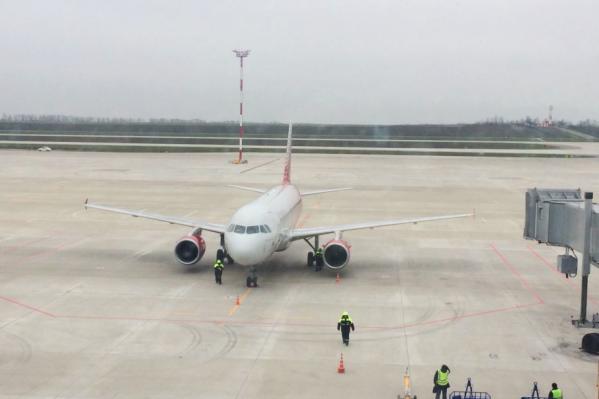 Между тестовым полетом и полным переводом всех рейсов в Платов — всего три недели