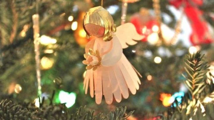 Волгоградцев призвали не превращать Рождество во второй Новый год