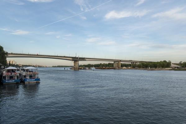 Реконструкцию моста закончат в сентябре 2017 года