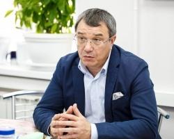 Олег Шиловских, генеральный директор Екатеринбургского центра МНТК «Микрохирургия глаза»: «Я противник ограничений, которые просто мешают жить, человек должен видеть, вся офтальмология и хирургия должны быть направлены на это»