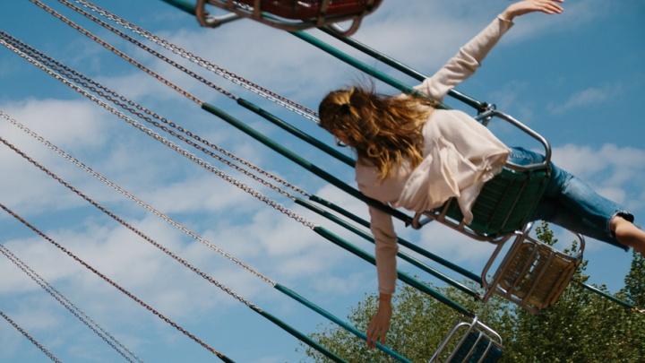 Не гоните девку замуж: парашют может и не раскрыться