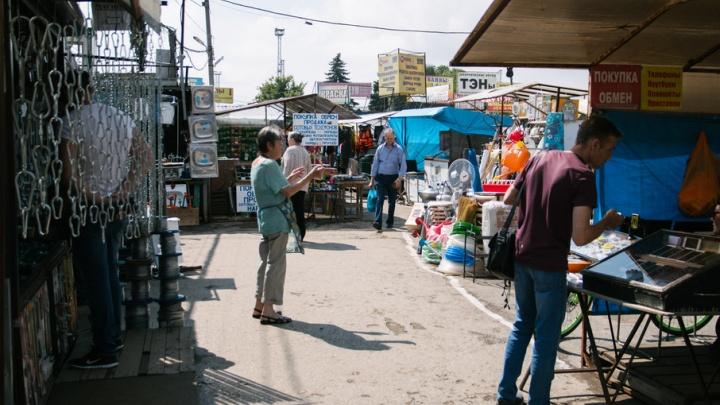 Главе Куйбышевского района указали на незаконные киоски и неблагоустроенные остановки