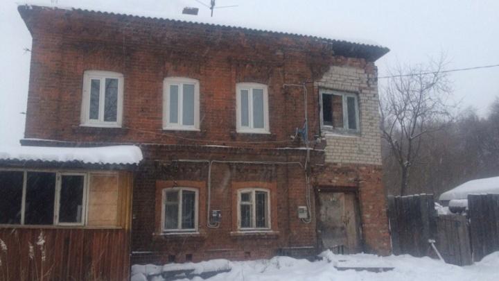 Жильцам разрушающегося дома в Мотовилихе выделят квартиру из маневренного фонда
