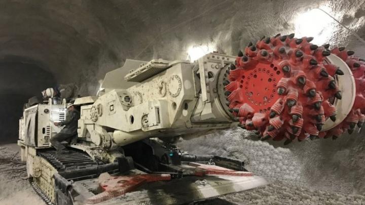 Выработкой пород на руднике Гремячинского ГОКа займется современная спецтехника