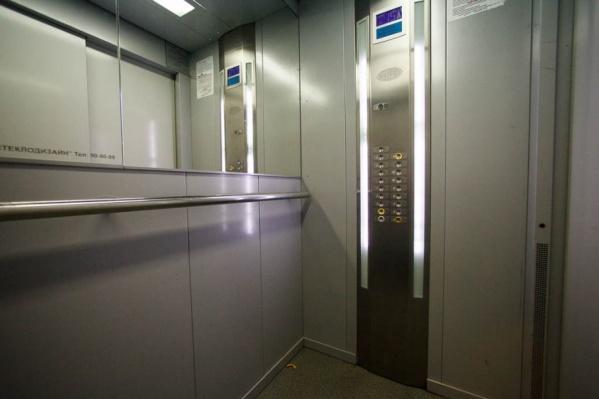 Новые лифты безопасны и управляются с помощью компьютера