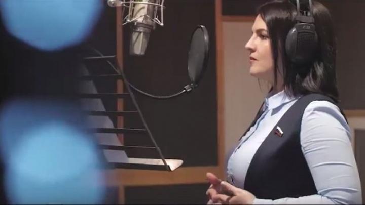 В Кремле прокомментировали песню Анны Кувычко «Дядя Вова, мы с тобой!»