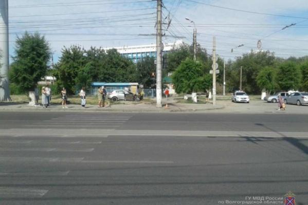 Пассажир иномарки скончался на месте происшествия