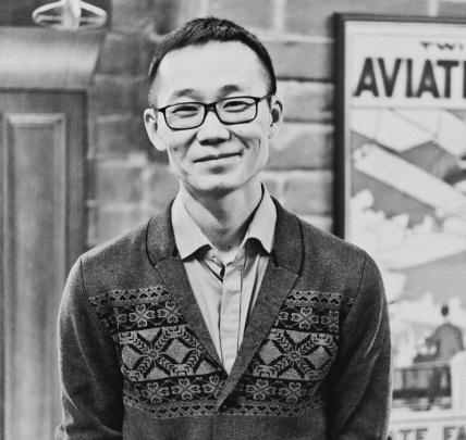 Андрей Сон, управляющий бара «Авиатор»: «Из-за санкций наша кухня не стала менее богатой и менее вкусной»