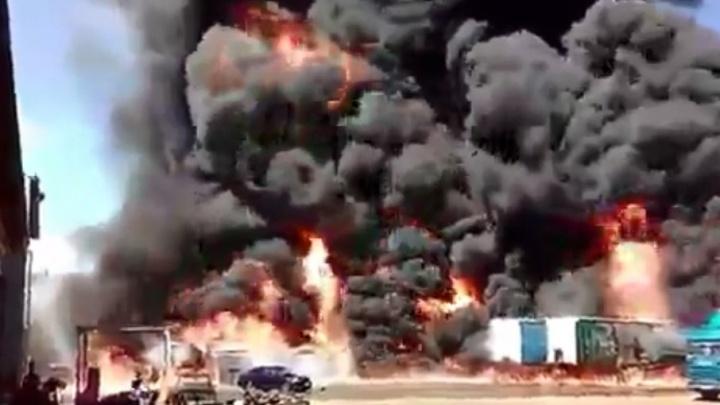 Причиной пожара на Промышленном проезде стал поджог