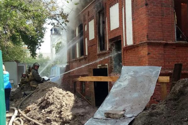 Пожар был виден из разных частей города