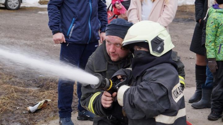 Горячие сердца: пожарная служба АЦБК отметила 12 лет работы