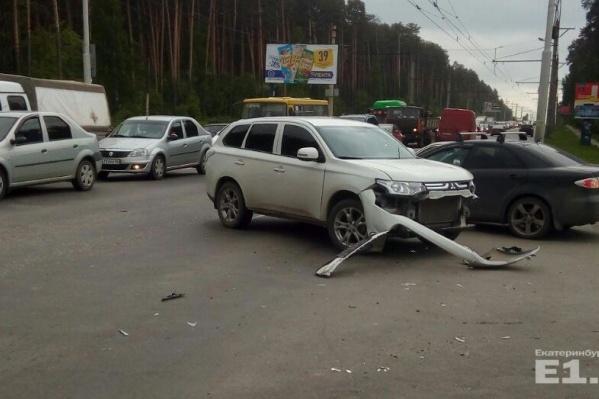 Второй участник аварии скрылся.