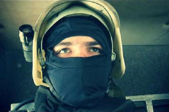 С камерой на шлеме: пожарный из Волгограда показал трагедию на Университетском глазами спасателя