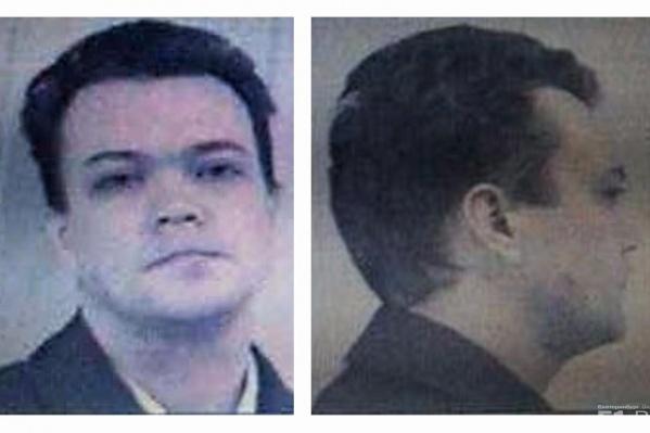 47-летний Андрей Черняев все эти годы жил прямо напротив места преступления.