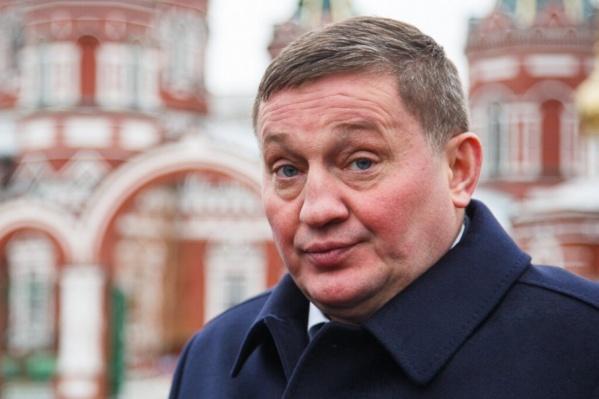 Андрей Бочаров отчитался о доходах своей семьи
