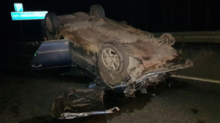 В районе СНТ «Лисьи Борки» перевернулся автомобиль