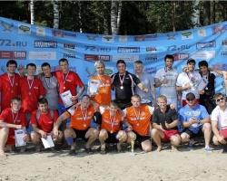 Предприятия Тюмени сразились в турнире по пляжному футболу