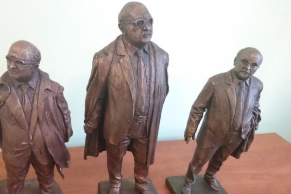Скульптор создал несколько макетов памятника
