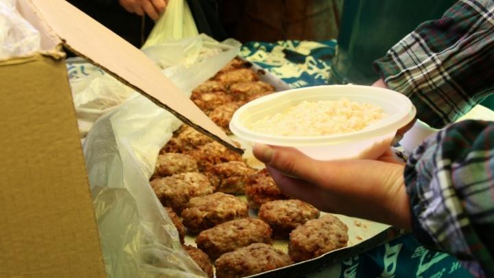 Ростовские школы приняли и накормили жителей дома, где взорвался газ