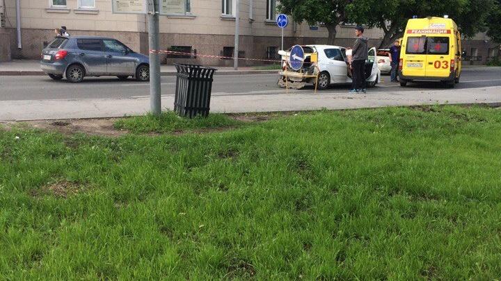 Пьяный водитель КАМАЗа устроил ДТП в центре Тюмени