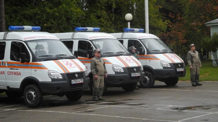 Автобусы, снегоходы и вездеходы: пермские спасатели получили новую технику