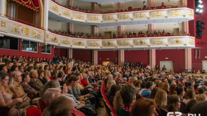 «Мы увидели зоопарк»: самарцы пожаловались на выступление Михаила Ефремова в Самаре