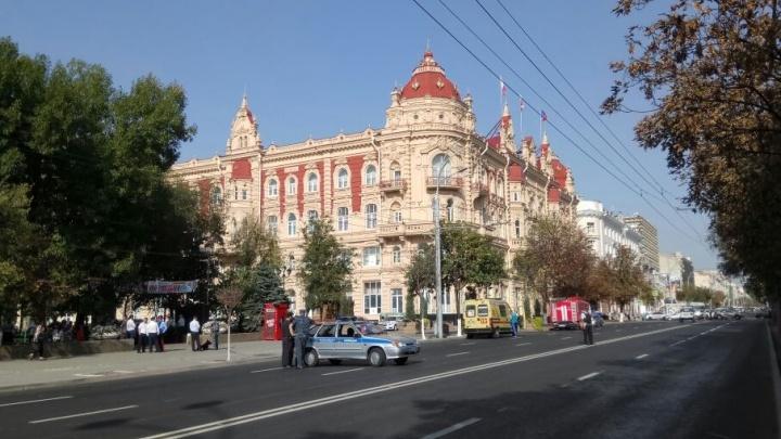 Центр Ростова встал в пробках из-за эвакуаций